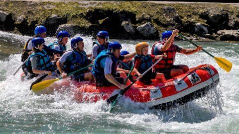 Tourisme_insolite_pyrenees_perchoir_des_pyrenees_activite_rafting