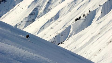 Tourisme_insolite_pyrenees_perchoir_des_pyrenees_nuit_insolite_grand_tourmalet_ski