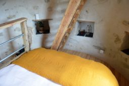 Chambre1_pigeonnier_perchoir_des_pyrenees